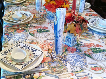 blues-table-setting